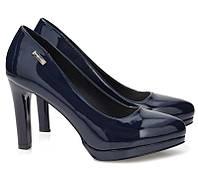 Лаковые женские туфли синего цвета по доступной цене