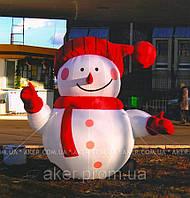 Новогодняя пневмоконструкция Снеговик