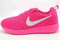 Женские кроссовки Nike Roshe Run розовые N18