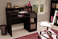 Небольшой компьютерный  стол  с надстройкой и полкой под клавиатуру Small