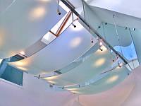 Потолок из гнутого стекла