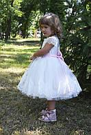 Нарядное  платье  для  девочки белое