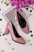 Женские туфли розовая пудра на каблуке с закругленным носком эко-лак