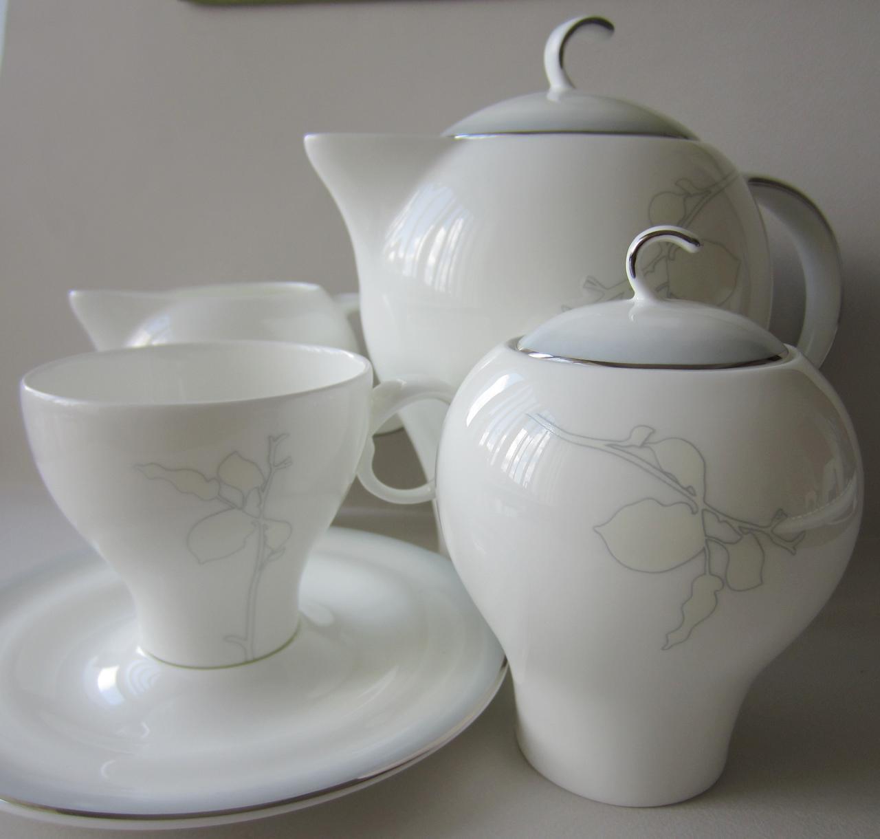 Сервиз чайный на 12 персон Aqua Перл
