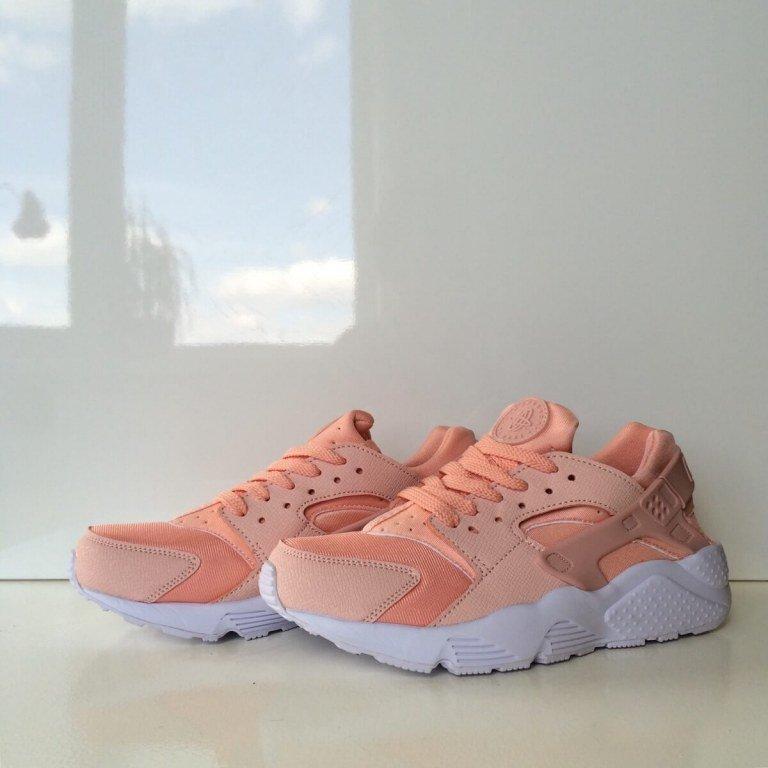 Nike Air Huarache Peony. Кроссовки стильные. Женские кроссовки.
