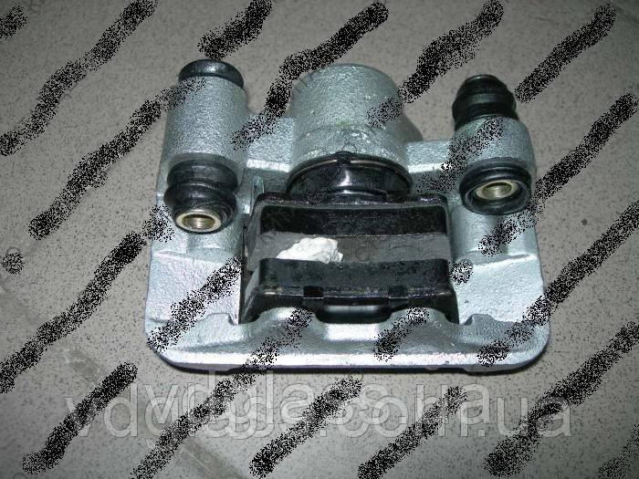 Оригинальный задний левый суппорт с колодками Chery Tiggo T11-3502050