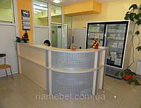 Ресепшн стойка угловая радиусная для мед.клиники (R-64)