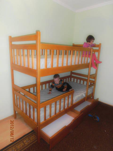 Ліжко двоярусне Том і Джері з дерева 2