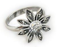 """Кольцо """"Сель"""" с кристаллами Swarovski, покрытое серебром (e5073000)"""