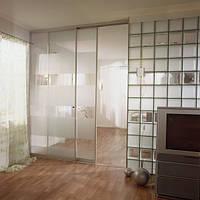 Прозрачная межкомнатная раздвижная перегородка с комбинированным стеклом