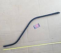 Уплотнитель стекла двери передней левой внутренний FAW-1051,1061