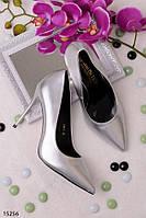 Женские туфли лодочки серебро на среднем каблуке 10 см эко кожа