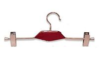 Плечики вешалка с деревянной красной вставкой и прищепками