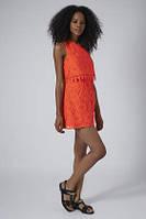 Яркое кружевное платье Topshop