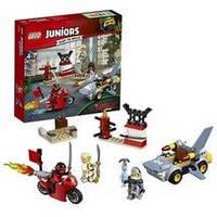 Конструктор LEGO серия Juniors Ниндзяго Нападение акулы 10739