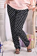Женские темные брюки в ромашку больших размеров 026-2 размер 42-74