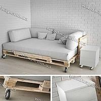 Диван из паллет с мягкими подушками, кровать из деревянных поддонов