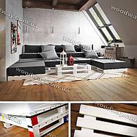 Диван-подиум из европоддонов и журнальный столик, уголок из паллет