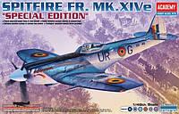 1:48 Сборная модель самолета Spitfire FR. MK.XIVe, Academy 12211