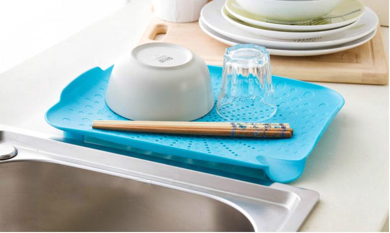 Пластиковый коврик-дуршлаг для раковины (голубой)