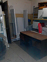 Старая офисная мебель