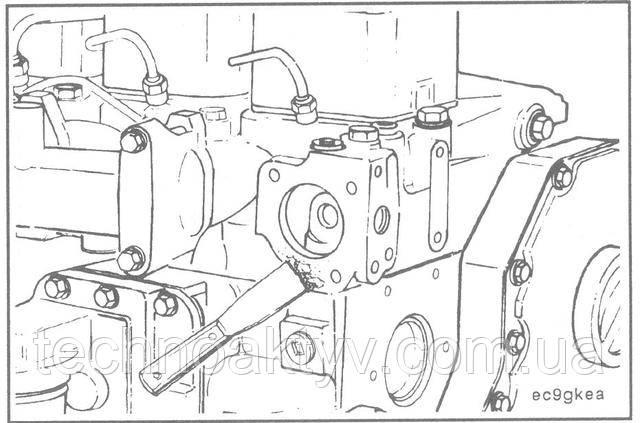 ПРИМЕЧАНИЕ:При очистке поверхностей под прокладку следите за тем, чтобы грязные частицы не попали в полость термостата.