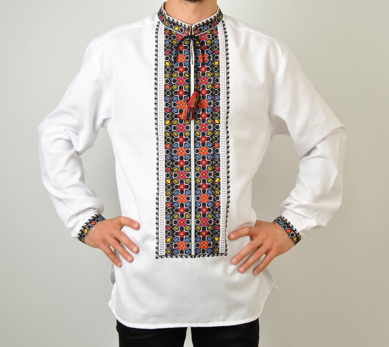 Біла чоловіча вишиванка на довгий рукав з кольоровим орнаментом ручної  роботи d0e4d13753c29