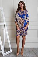 Красивое женское платье с кружевным узором