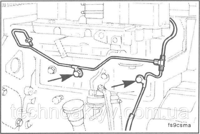 Ключ 10 мм  Выверните болт крепления дренажного топливопровода.