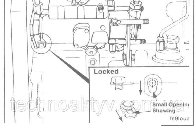 Ослабьте стопорный болт топливного насоса CAV и передвинте специальную шайбу под ним, затем затяните стопорный болт до упора в вал топливного насоса.  Крутящий момент затяжки: 7 Н • м [5 ft-lb]