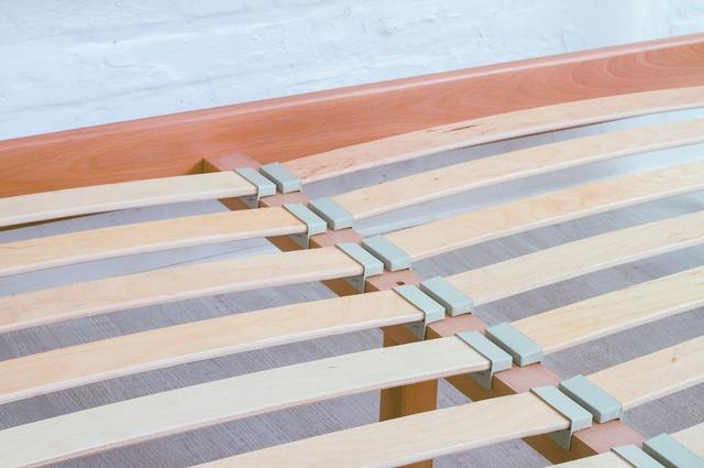 Кровать Милана Люкс ламели деревянные