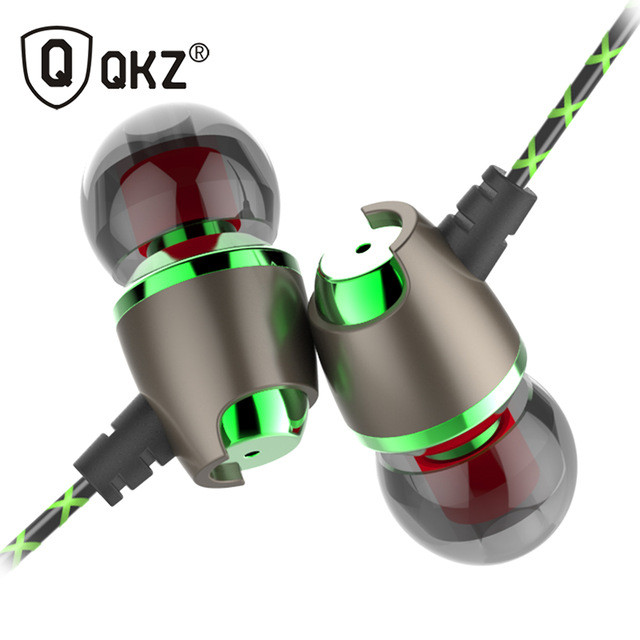 Наушники QKZ DM11, гарнитура с магнитами и микрофоном.