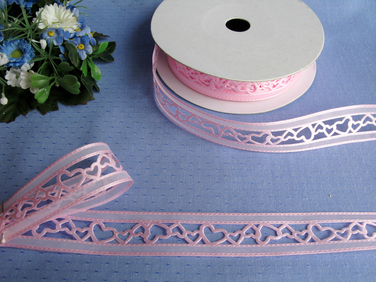 Лента ажурная розовая. Ширина 2,2 см - 9 грн метр