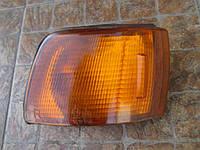 Указатель поворотов передний правый Kioto 21037558R MITSUBISHI Galant e30 1987-1993