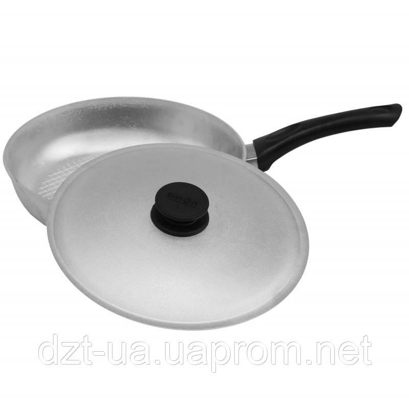 Сковорода с рифленым дном и крышкой (240 мм)