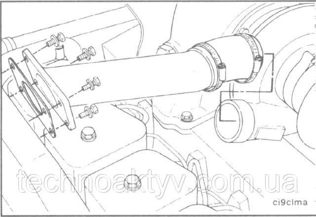 Ключ 8 мм или отвертка  Для установки соединительного воздушного патрубка используйте новый шланг и хомуты, если необходимо.Крутящий момент затяжки:8Н•м[6ft-lb]