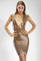 Латексное платье до колен с глубоким декольте