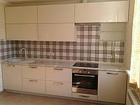 Кухня с стеклянными фасадами , фото 1