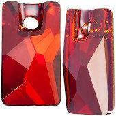3500 Pendular Lochrose 9x5,5 mm, Crystal Red Magma (001 REDM)