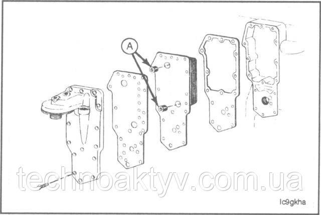 Ключ 10 мм  На блоке цилиндров соберите прокладку охладителя, элемент, прокладку крышки охладителя и крышку охладителя.  ПРИМЕЧАНИЕ:Не забудьте извлечь транспортные заглушки из нового элемента охладителя.  Крутящий момент затяжки:24 Н • м [18 ft-lb]