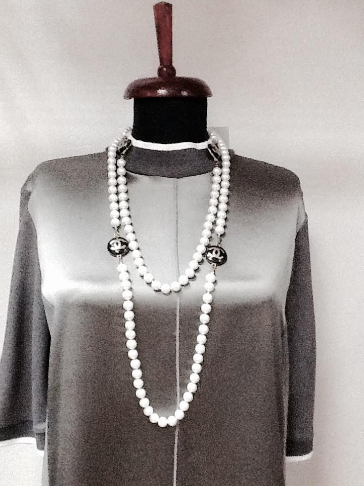 Бусы Chanel белый жемчуг с эмалью длинные - Интернет-магазин