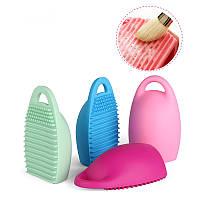 Силиконовое яйцо-очиститель для кистей Colordance BrushEgg