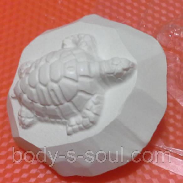 Пластиковая форма для мыла  Черепашка на камне