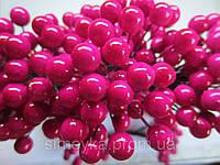 Тычинки (ягоды) лакированные декоративные малиновые, вязка из 50 ягод, диаметр ягоды 8 мм