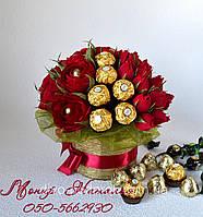 """Букет из конфет """"Красные розы с Ферреро"""""""