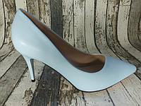 Женские туфли лодочки на каблуке. Голубые
