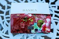 Кошелек женский кожаный лакированный с принтом красные  цветы DANICA