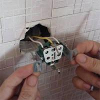 Установка и замена розеток и выключателей в Днепропетровске