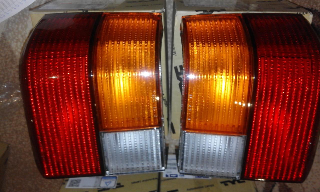 Ліхтар задній лівий,правий (жовтий поворот) VW Transporter T4 90-03