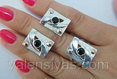 Серебряный набор украшений квадратной формы - кольцо и серьги